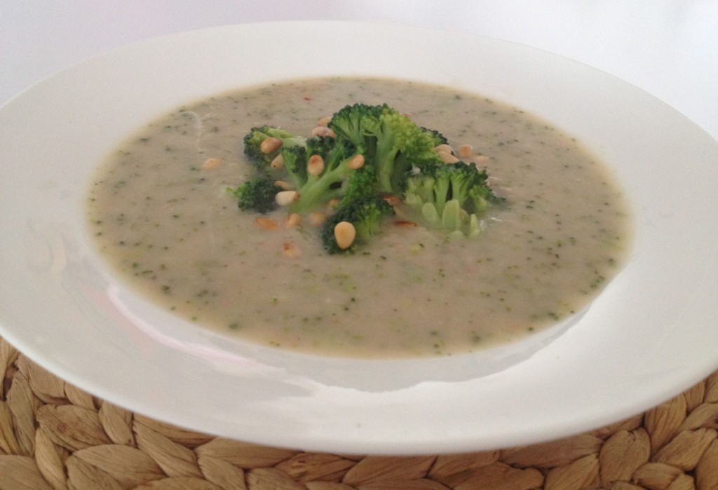 Broccoli and Cannelini Bean Soup
