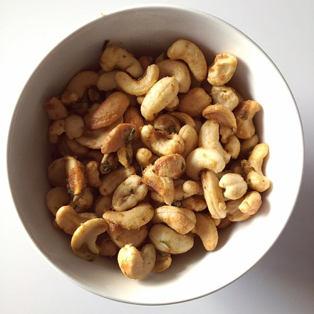 Homemade roasted nuts are the best kind of nuts #cashews #roasted #snack