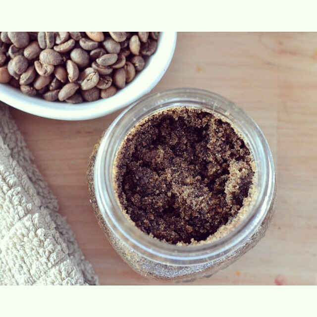 Today on I Spy Plum Pie I've got three of my favourite brown sugar scrubs, including this coffee one which is perfect to use in the morning! They would make excellent Mother's Day gifts as well! #sugarscrub #homemade #coffee #DIY #ecobeauty #lowtoxliving