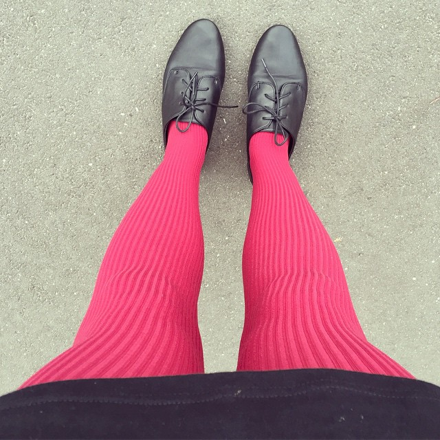 Another day, another colourful pair of tights! #autumn #tights