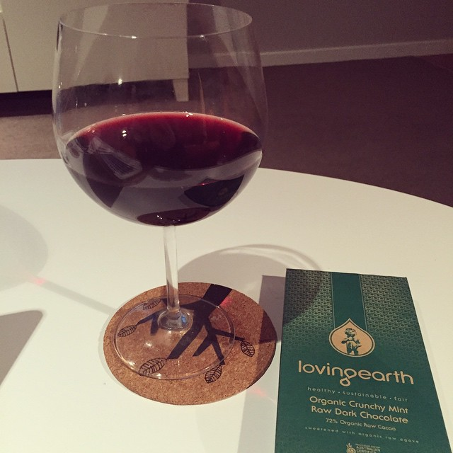 Some weeks call for a glass of wine & @loving_earth chocolate by Thursday evening. This is one of them #wine #soniastylinghappyhour #rawchocolate