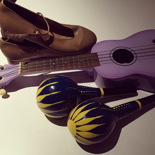 We're moving offices in a couple of weeks so I thought it was about time to bring home some non-work items that have been on my desk for a few years now... #officecleanup #maracas #ukulele #tapshoes