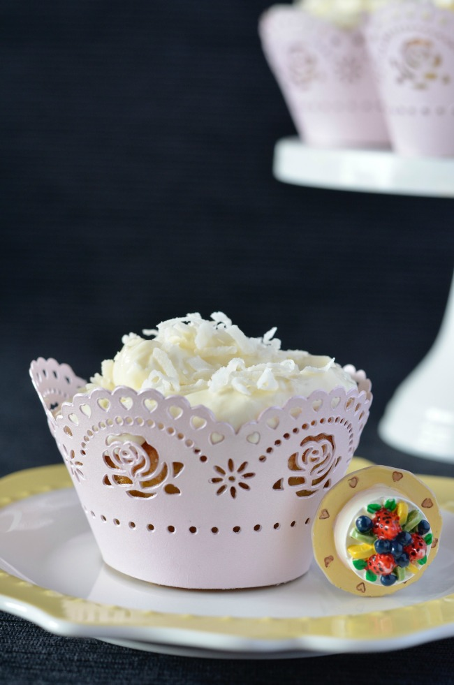 Lemon Coconut Cupcakes | I Spy Plum Pie