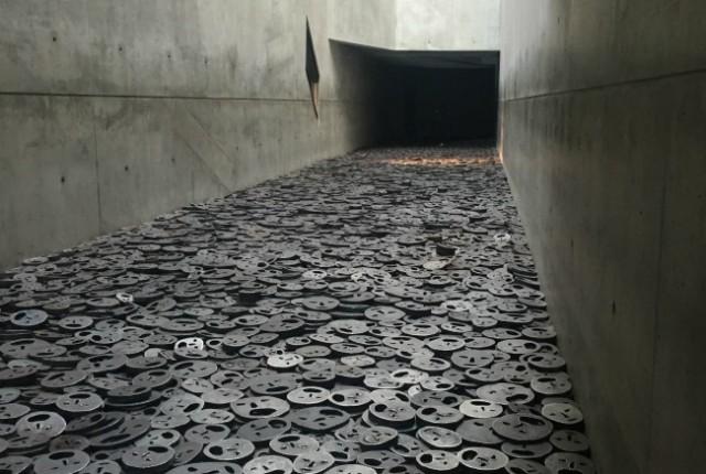Berlin Exploring: Jewish Museum, Topography of Terror & New Synagogue | I Spy Plum Pie