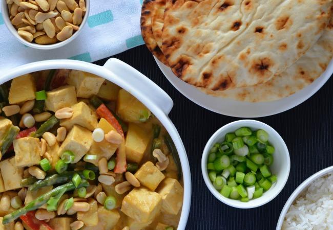 vVegetarian Massaman Curry | I Spy Plum Pie