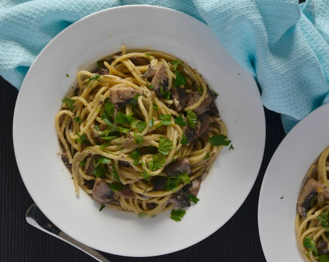 Garlic Herb Mushroom Pasta | I Spy Plum Pie