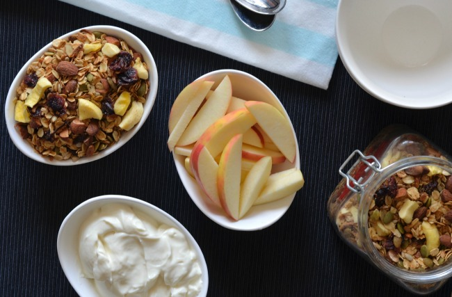 Apple Almond Granola | I Spy Plum Pie