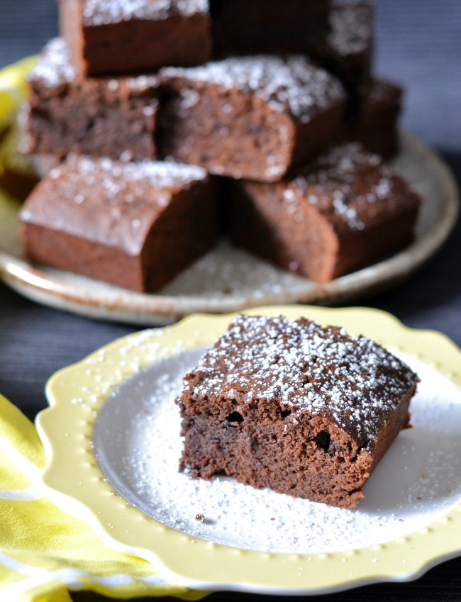 Gingerbread Brownies | I Spy Plum Pie