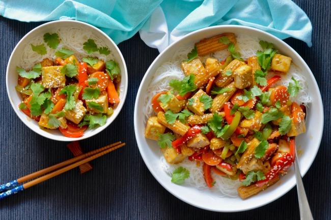 Sticky Maple Soy Tofu and Vegetables | I Spy Plum Pie