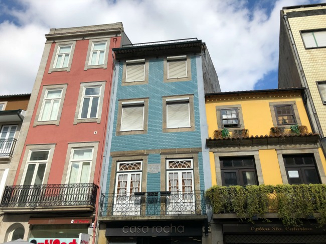 Porto Exploring: Stock Exchange Palace, Azulejo Art, Rua de Santa Catarina and More! | I Spy Plum Pie