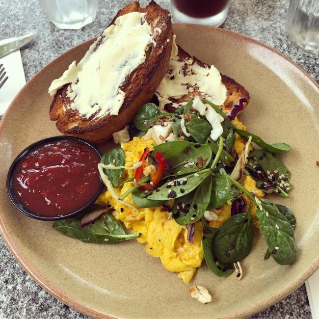 Port Douglas Eating: Cafe Fresq | I Spy Plum Pie