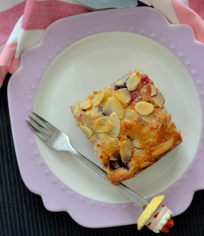 Berry Buttermilk Slice | I Spy Plum Pie