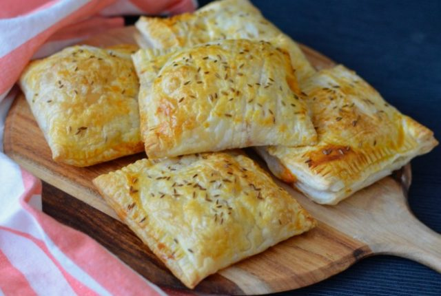 Curried Vegetable Hand Pies | I Spy Plum Pie