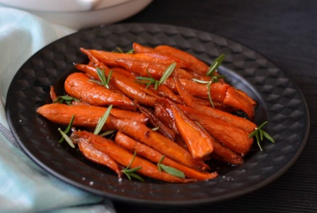 Maple Roasted Carrots | I Spy Plum Pie