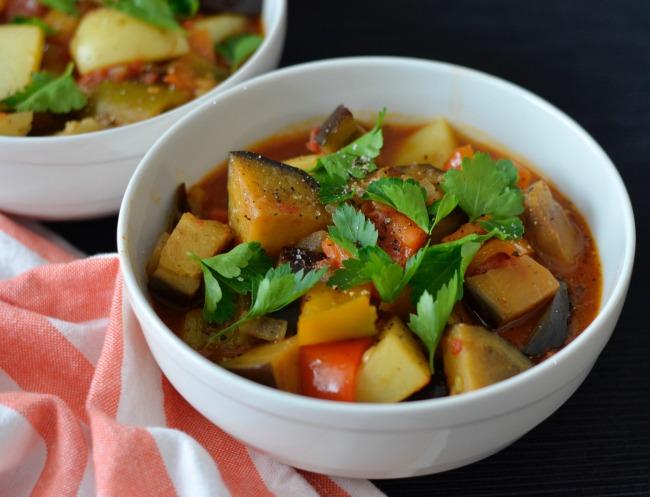 Eggplant Capsicum Goulash   I Spy Plum Pie