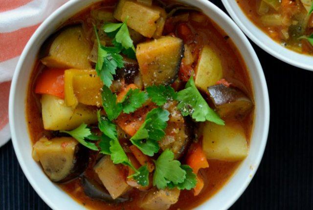 Eggplant Capsicum Goulash | I Spy Plum Pie