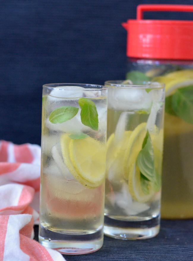 Lemon Basil Iced Tea | I Spy Plum Pie