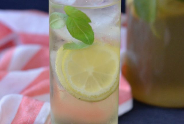 Lemon Basil Iced Tea | I Spy Plum Pie