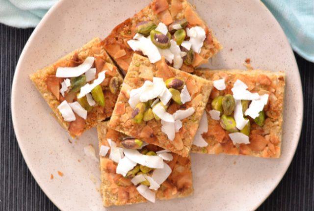 Pistachio Walnut Oat Slice | I Spy Plum Pie