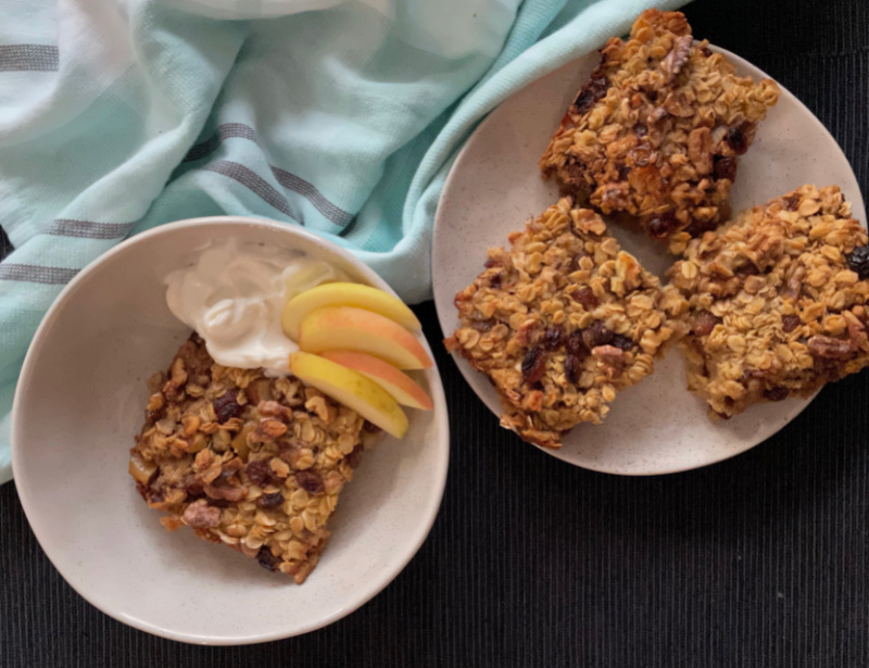 Apple Walnut Baked Oatmeal | I Spy Plum Pie