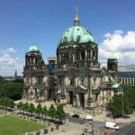 Berlin Exploring: Free Walking Tour, Museum Island & East Side Gallery