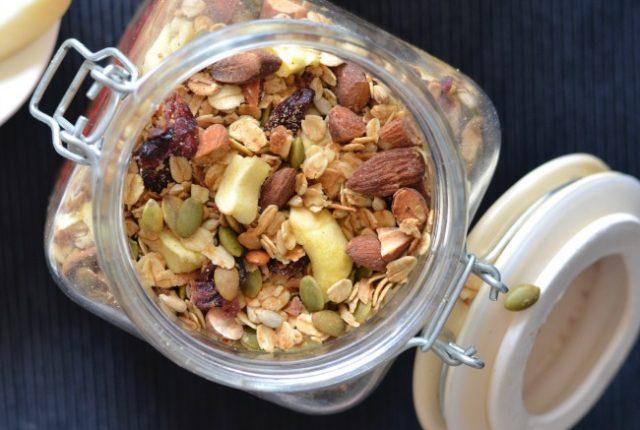 Apple Almond Granola   I Spy Plum Pie